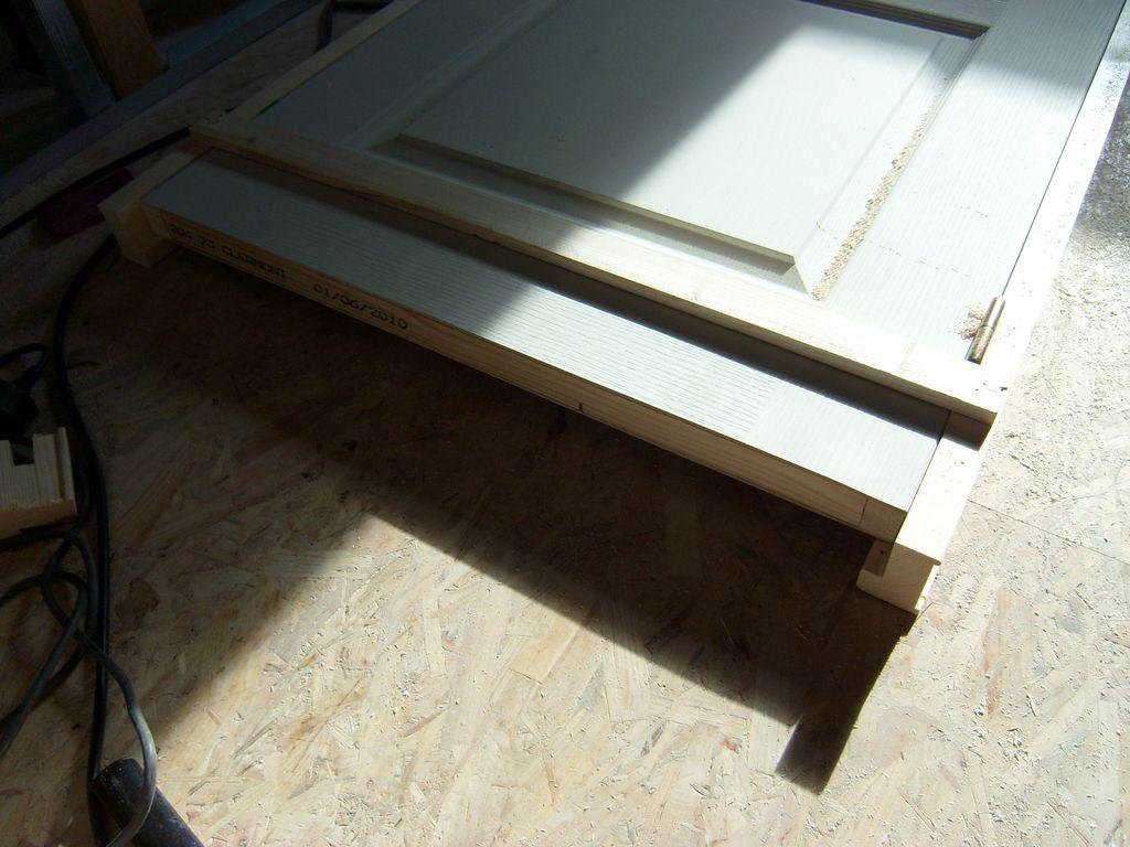 reparer porte isoplane good fixations pour les cloisons creuses les chevilles pour portes. Black Bedroom Furniture Sets. Home Design Ideas