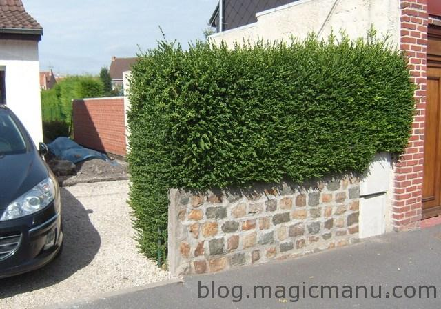 Blog de magicmanu : Aménagement de notre maison, Portail coulissant : les pilasses