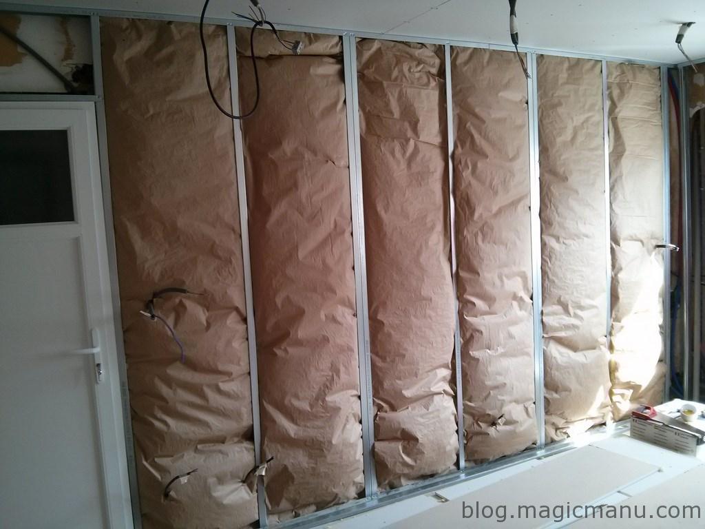 You are currently viewing Isolation et placo des murs de la cuisine