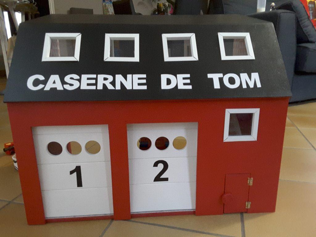 100 construire une maison en carton objet en carton facile a faire gallery of ttes de lit. Black Bedroom Furniture Sets. Home Design Ideas