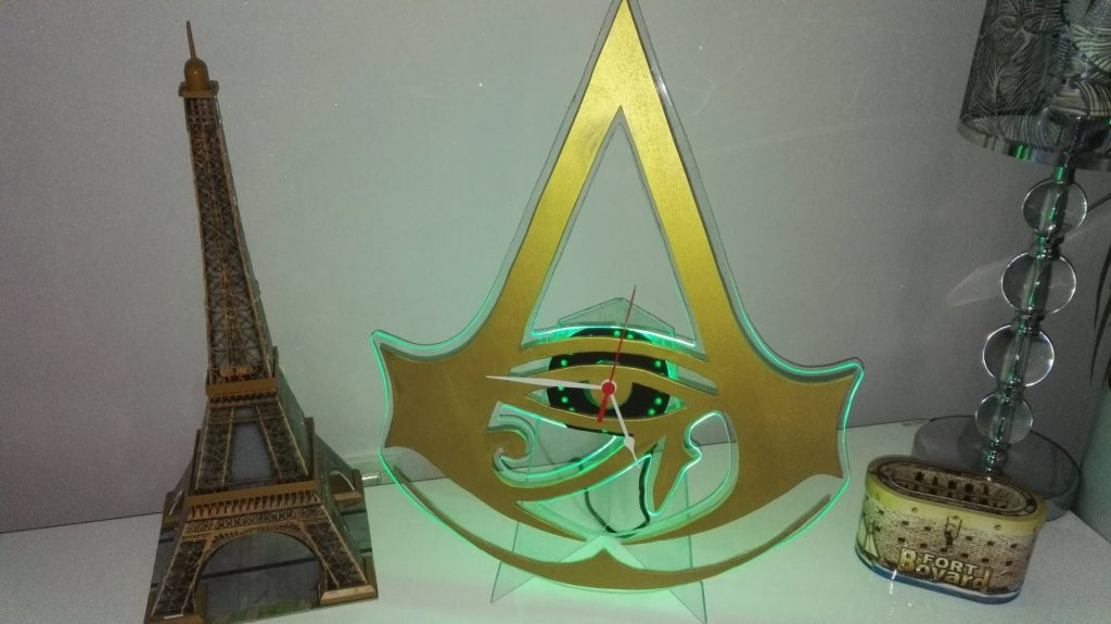 horloge-led-assassins-creed-9