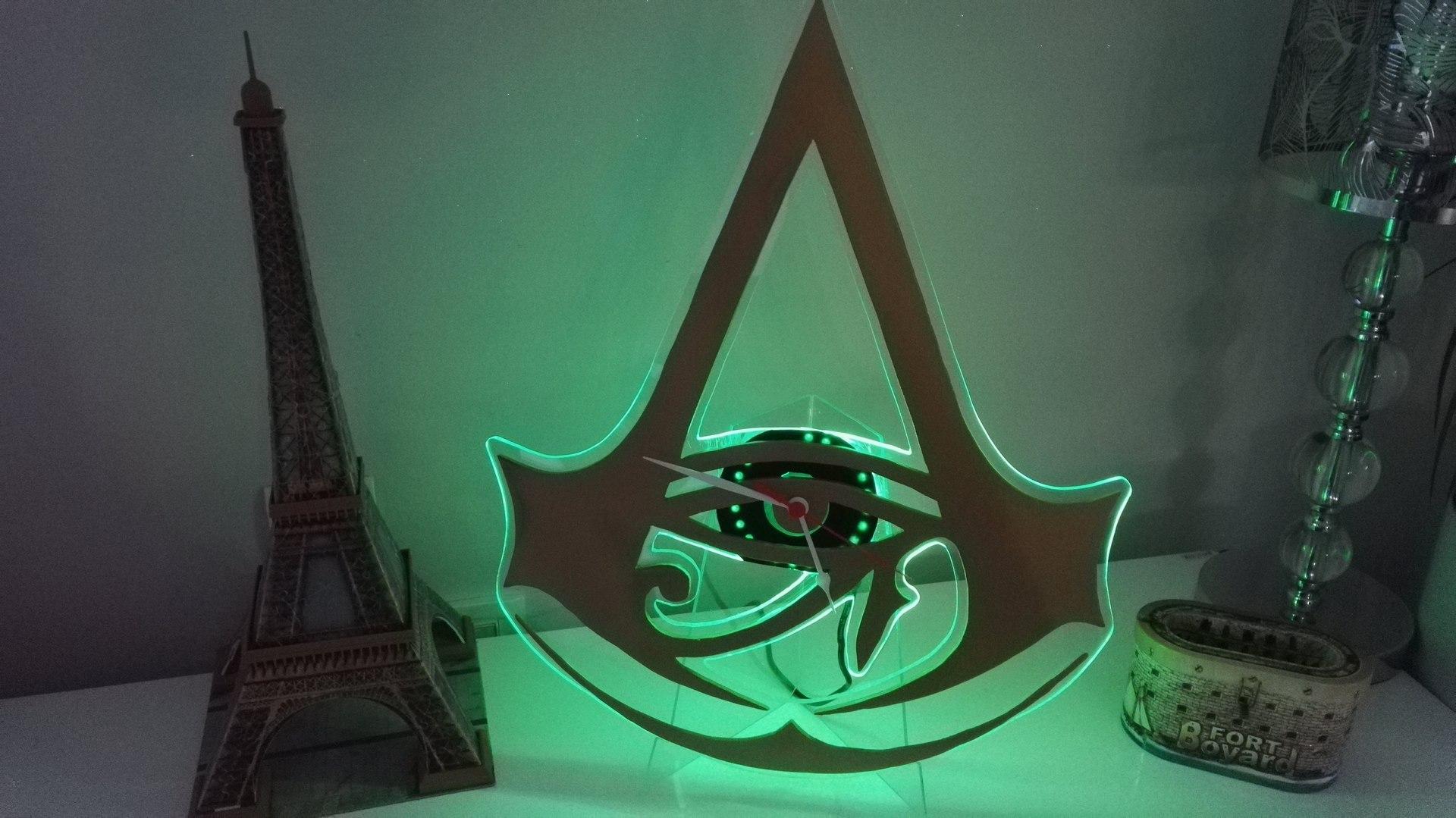 Horloge à LED Assassin's Creed