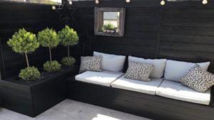 Fabriquer un banc de jardin en bois avec bac à fleurs