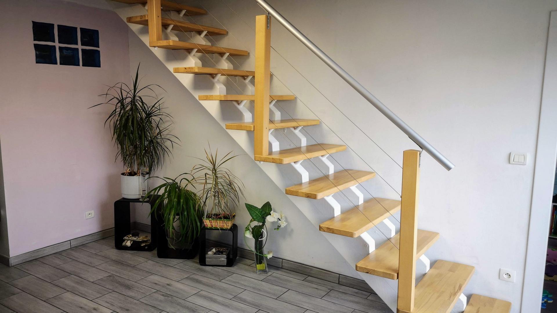 Fabriquer un escalier à double limon central en bois
