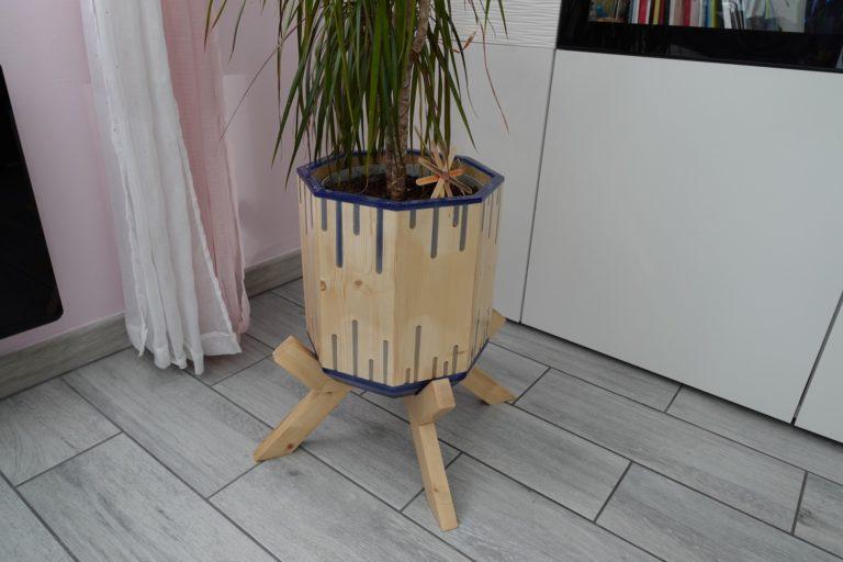 Fabriquer un pot de fleur octogonal en bois et résine